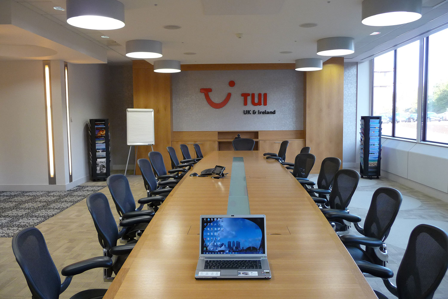 tui boardoom audiovisual