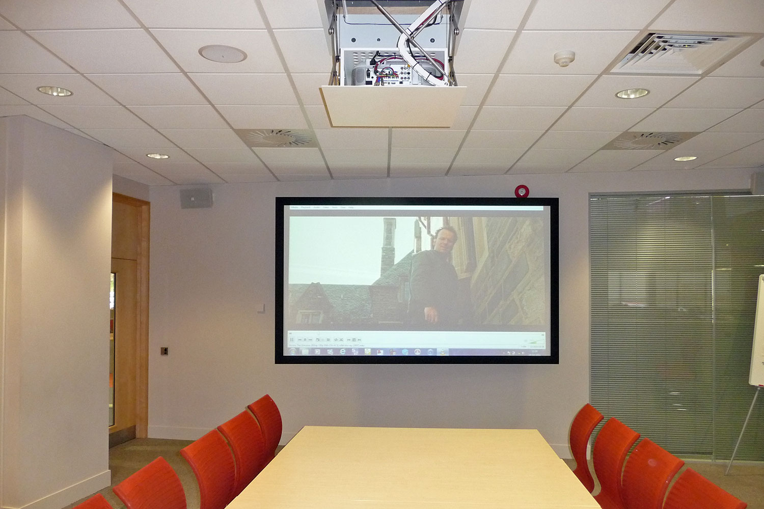tui training projector demonstration